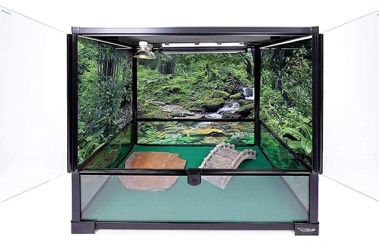 Carolina Custom Cages Tall Medium enclosure